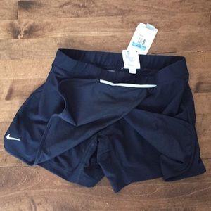 NWT navy Nike tennis skirt